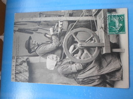 Carte Postale Vieux Tisserand De Locronan - Artisanat