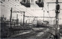 Le Train Inaugural Paris-Lyon Quittant La Gare De PARIS-LYON  Le 24 Juin 1952 - Cliché C. SCHNABEL  (107054) - Trains