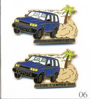 LOT 2 Pin's Toyota 4X4 De L'Année 1991 -  2 Versions. Est. Arthus Bertrand. Zamac. T602-06B - Toyota