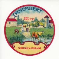 Etiquette De Fromage Camembert Fabriqué En Lorraine. - Quesos