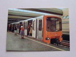 ROLLEND MATERIEEL - Vroeger En Nu / Hier Et Aujourd'hui - Reeks E ( 37 - 45 ) Anno 19?? ( Zie Foto Voor Details ) ! - Metro