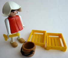RARE PLAYMOBIL KLICKY 3374 FEMME Médiévale Avec Cageots Et Balais En Loose 1977-79-84 - Playmobil