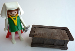 RARE PLAYMOBIL KLICKY 3376 FEMME Médiévale Avec Un Coffre En Loose 1977-79-80 - Playmobil