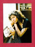 Jasmin Gerat ( Deutsche Schauspielerin  )  -  Persönlich Signiert - Autographs