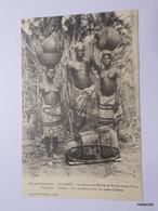 DAHOMEY-Un Marchand D'huile De Palme Et Ses Filles - Dahomey