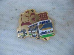 Pin's Du CE Des CTRB (Compagnie Des Transports De La Région De Belfort). Lion De Belfort, Bus,Autocar - Transportation