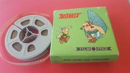 FILM  8 M/M NOIR ET BLANC ASTERIX FILM OFFICE GUET APENS AUX PYRAMIDES PAR DARGAUD S A 1970 - Other Collections