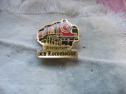 """Pin's Ancienne Locomotive à Vapeur. Restaurant """"La Locomotive"""" - Food"""