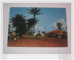 Refboite 95 .  Gabon  Oyem Vue Du Centre Ville - Gabon