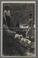 V4714 RAVELLO ??? ANIMAZIONE DONNE E BAMBINI COSTUMI FOTO CARTOLINA SENZA INDICAZIONE FP (m) - Cartoline