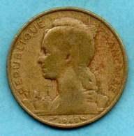 (r65)  FRENCH AFARS & ISSAS  20 Francs  1968 - Djibouti