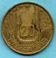 T1(r65)  FRENCH  MADAGASCAR   20 Francs 1953 - Madagascar