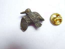 Beau Pin's En Relief , Chasse , Oiseau Bécasse - Animales