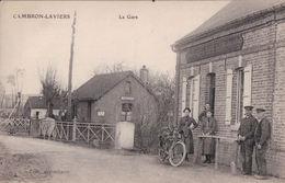 Cambron Laviers  (80)  La Gare  CPA Non Circulée - France