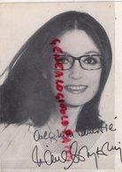 AUTOGRAPHE NANA MOUSKOURI - - CARTE PHOTO LA ROUE TOURNE ASSOCIATION DU SPECTACLE PARIS- HORS COMMERCE - Autografi
