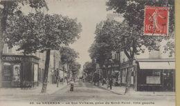 La Garenne Colombes : La Rue Voltaire, Prise Du Rond Point , Côté Gauche - La Garenne Colombes