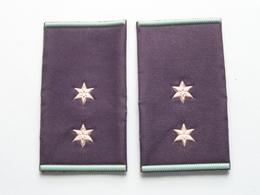 2 STER / STAR ( Paar / Couple ) ( Details, Zie Foto's ) ! - Uniforms