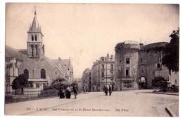 1809- Laval ( 53  ) - La Cathédrale Et La Porte Beucheresse - N.D. Ph. - N°123 - - Laval