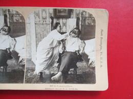 PHOTOS STEREOSCOPIQUES  ETATS UNIS USA NORTH BENNINGTON FEMME RASE HOMME AN ECONOMICAL SHAVE - Photos Stéréoscopiques