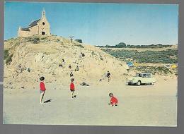 Cpm 2214375 Morieux Chapelle Et Calvaire Sur La Plage De L'armor (saint-maurice) Citroen Ami 6 - Morieux