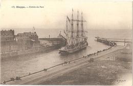 Dépt 76 - DIEPPE - Entrée Du Port (voilier 4 Mâts) - Éditeur : G. Marchand - Dieppe