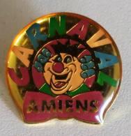 Pins Pin's Carnaval Amiens Somme 80 - Brandweerman