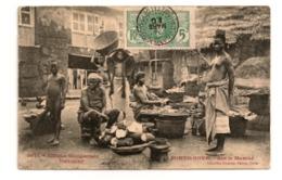Dahomey, PORTO NOVO, Sur Le Marché, Femmes Seins Nus, Cpa - Dahomey