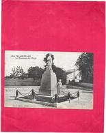 CHATEAUBERNARD - 16 - Le Monument Aux Morts - RARE - DRO/SAL - - France
