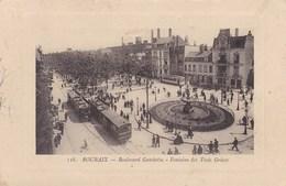 CPA 59 Roubaix, Boulevard Gambetta, Fontaine Des Trois Grâces (pk47581) - Roubaix