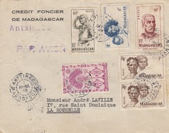 MADAGASCAR -  LETTRE PAR AVION CREDIT FONCIER DE MADAGASCAR ANTSIRABE 1.4.1945 POUR LA ROCHELLE    / 1 - Madagascar (1889-1960)