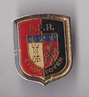 PIN'S THEME SPORTS  RUGBY CLUB STADE FOYEN  EN GIRONDE  STE FOY LA GRANDE  FFR - Rugby