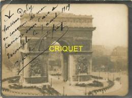 Aviation, Photo Avec Dédicace Originale De L'aviateur Godefroy Passant Sous L'Arc De Triomphe, Top Document - Airmen, Fliers