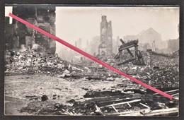 """14 LISIEUX -- Place """" Victor Hugo """" Après Les Bombardements De 1944 _ Destruction _ Guerre _ Militaire _ Photo Originale - Guerre, Militaire"""