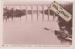 86 L'Isle Jourdain - Cpa / Le Viaduc Et Le Lac De Chardes. - L'Isle Jourdain