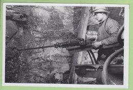 MINEUR Au Travail, Mine, Année 1950 . Coal Charbon Miner. Photo Originale. Mineurs, Mines. Lre Descriptif - Métiers