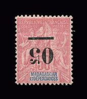 MADAGASCAR N° 48a 05 Sur 50c Rose. Centrage Parfait. Surcharge Renversée. Neuf Avec Charnière. Cote Yvert 140 € - Madagascar (1889-1960)