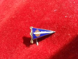 CROATIA  ROWING UNION PIN   Rare - Rowing
