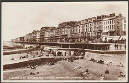 New Covered Promenade, Eversfield Place, Hastings & St Leonards, Sussex, 1957 - Shoesmith & Etheridge RP Postcard - Hastings