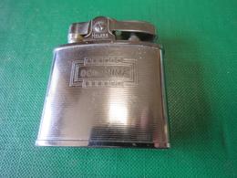 508 - BRIQUET D'ESSENCE - PETROL LIGHTER - BENZINE AANSTEKER - HELENA - COMANIMA - Aanstekers
