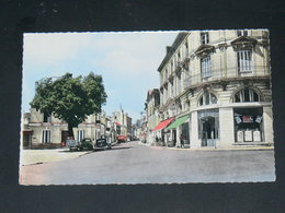 LOUDUN    1950    /   RUE   .........  EDITEUR - Loudun