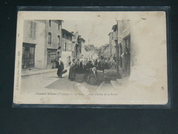 COUHE VERAC    1904   /   RUE   .........  EDITEUR - Couhe