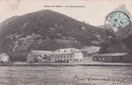 08 LA PETITE COMMUNE  Maisons Du Village Bord D' EAU Et Montagne  Timbre 1905 - Francia