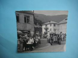 PHOTOGRAPHIE GRAND FORMAT - Près LUCHON  - 31  -  CIERP  -  Fête Des Fleurs  -  1964 -  12,2  X 14,2  Cms  - Hte Garonne - Luoghi
