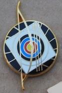 TIR A L'ARC - CIBLE - FLECHES - ARTHUS BERTRAND PARIS -       (ROSE) - Archery