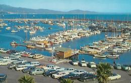 CARTE POSTALE ORIGINALE DE 9CM/14CM : OVERLOOKING THE YACHT HARBOR  SANTA BARBARA CALIFORNIA USA - Santa Barbara