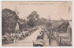 CAMBODGE - Pnom Penh - Cathédrale Pendant La Messe / Phnom / - Cambodia