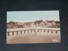 NOTRE DAME DE MONTS  /ARDT Les Sables-d'Olonne   1930   / RUE    ........  EDITEUR - Autres Communes