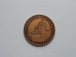 HANSWIJKPOORT - 1983 Archeologische Vereniging OUD MECHELEN ( Bronskleur 33 Mm.- Details, Zie Foto ) - Tokens Of Communes
