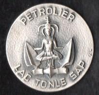 Autres Collections > Non Classés Médaille Petrolier LAC TONLE SAP - Unclassified