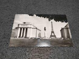 ANTIQUE PHOTO POSTCARD CPA FRANCE PARIS LE PALAIS DE CHAILLOT LA STATUE EQUESTRE DU MARECHAL FOCH ET TOUR EIFFEL - Autres Monuments, édifices